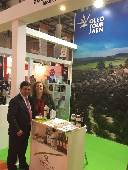 Productos agroalimentarios de Jaén se promocionan en Alimentaria entre profesionales de 50 países