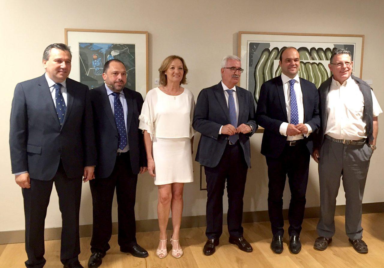 La consejera de Agricultura invita a un trabajo conjunto entre administraciones y sector agroalimentario para convertir el Bréxit en una oportunidad