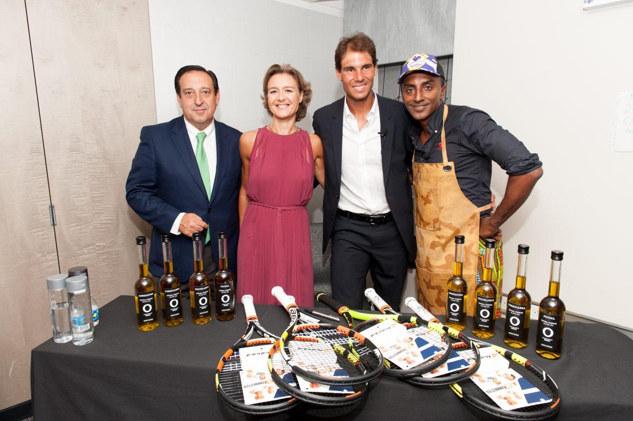 García Tejerina agradece a Nadal ser el embajador de los aceites de oliva de España en el mundo