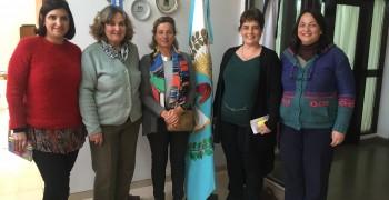 La UNIA estudia realizar cursos de posgrado sobre el sector oleícola en Argentina