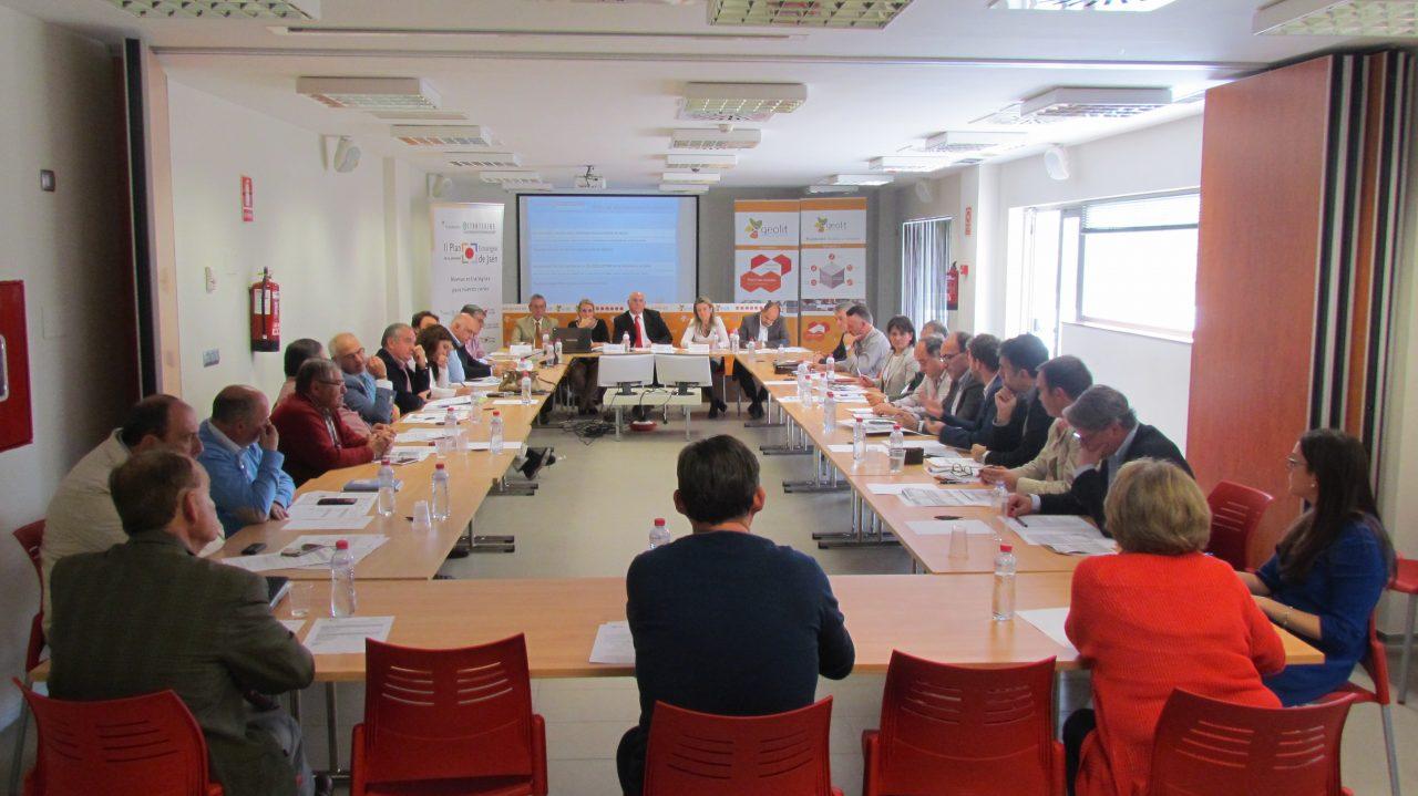 Apuestan por un laboratorio de referencia para el sector oleícola en Jaén