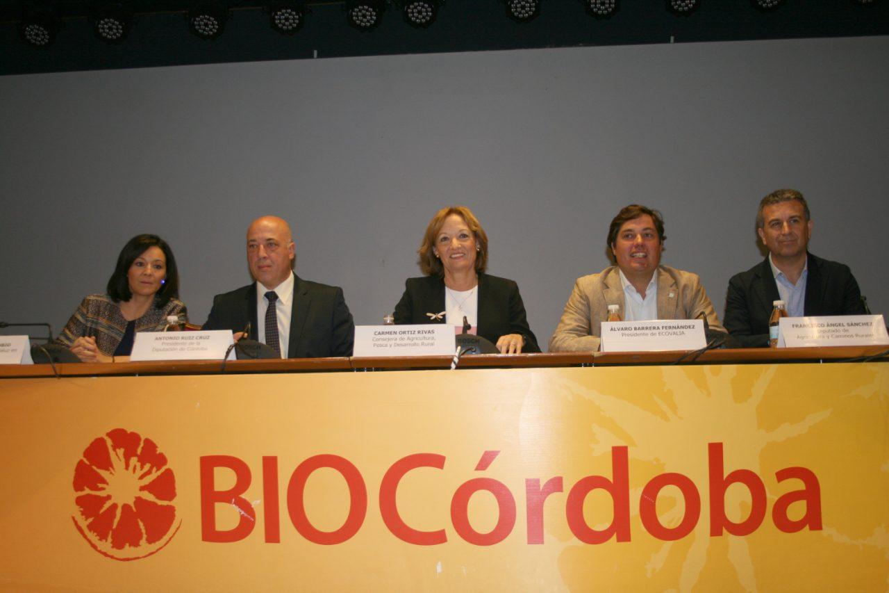 Carmen Ortiz subraya que el III Plan Ecológico impulsará la proyección comercial y el consumo de estos productos