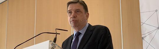 Luis Planas: Es necesario alcanzar un gran acuerdo político sobre la PAC