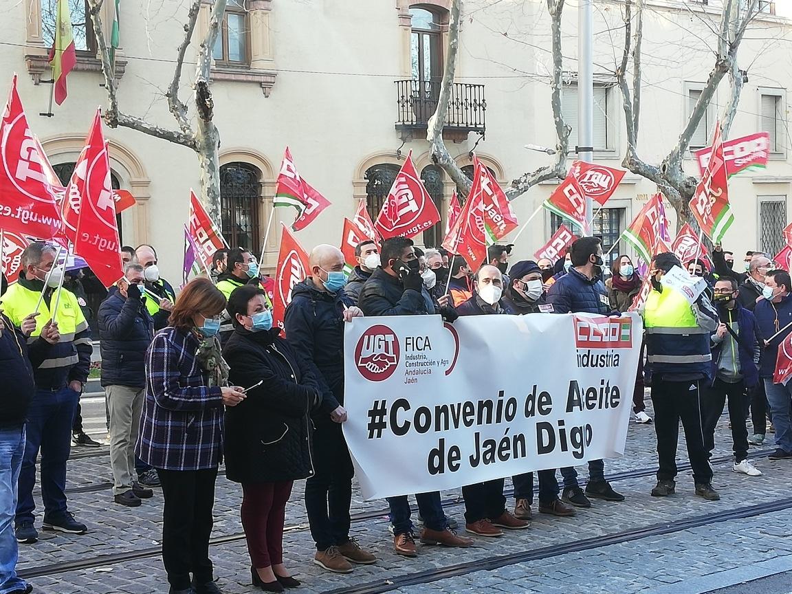 El Sercla, última oportunidad para llegar a un acuerdo en el convenio del aceite de Jaén y desconvocar los cinco días de huelga general previstos para esta semana