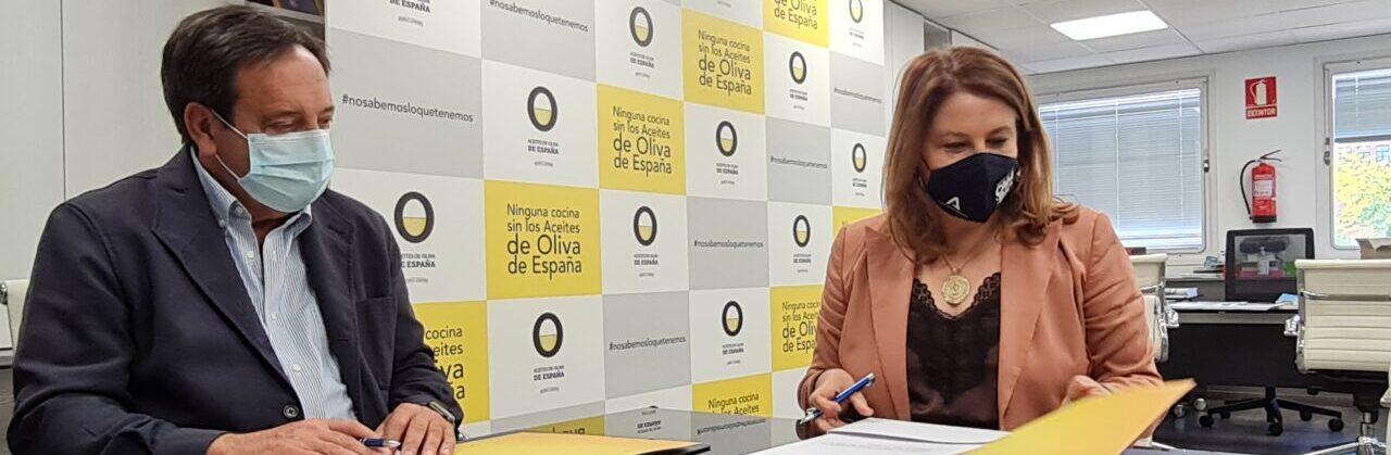 Convenio de cooperación entre la Interprofesional del Aceite de Oliva Español y la Fundación para la Promoción y el Desarrollo del Olivar y del Aceite de Oliva