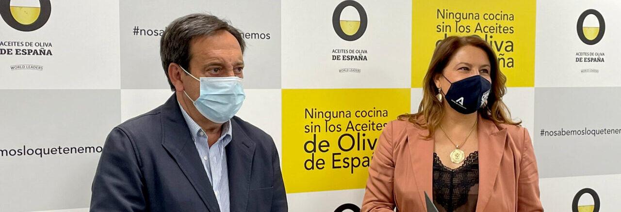 Andalucía sella con la Interprofesional del Aceite una alianza en materia de investigación e innovación para ganar en competitividad