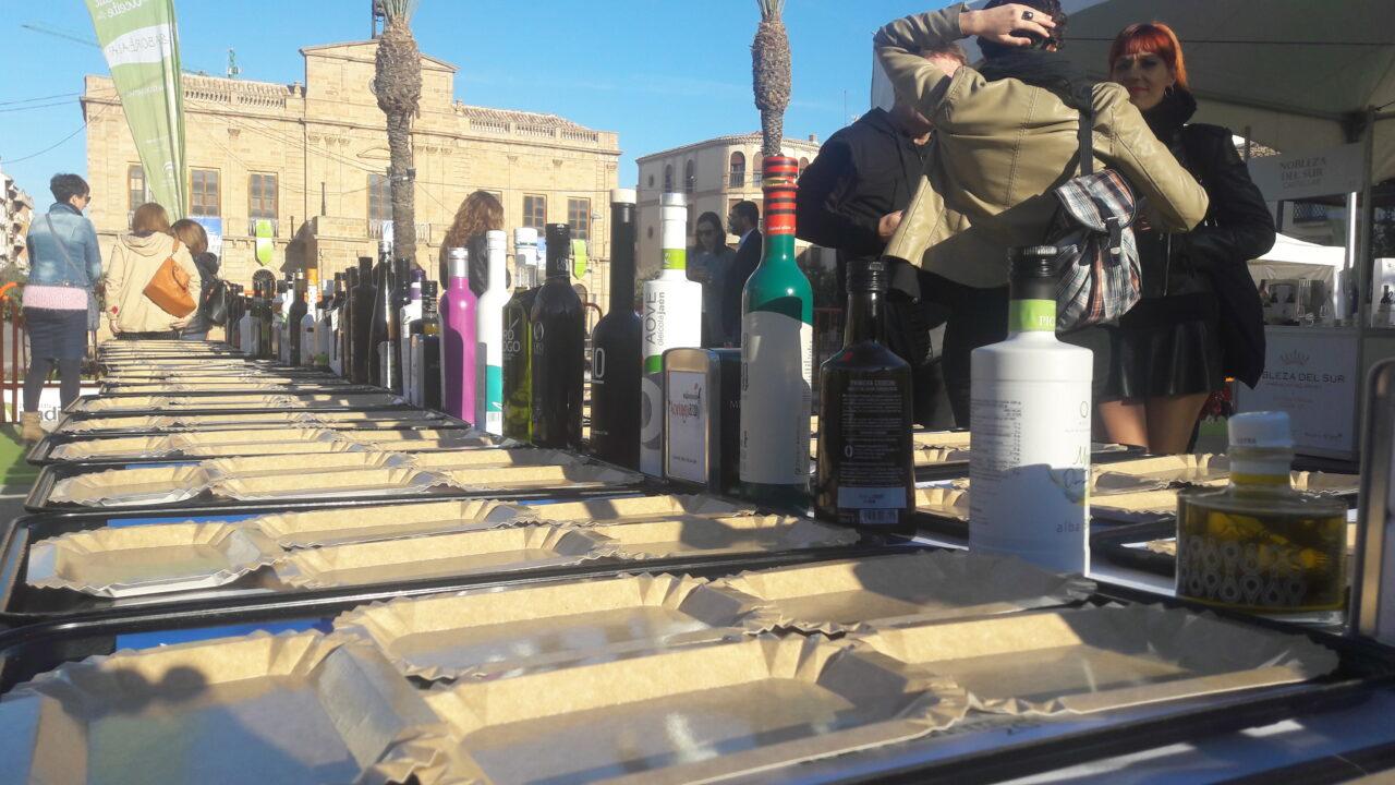 La Diputación de Jaén celebrará la Fiesta Anual del Primer Aceite de Jaén en Baeza el 13 y el 14 de noviembre y dos semanas después en Pamplona