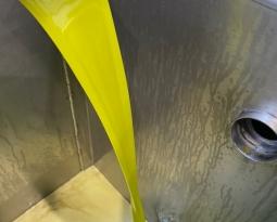 Las empresas de Anierac comercializaron en septiembre más de 25 millones de litros de aceites de oliva envasados y en toda la campaña 320 millones de litros, un 6,61% menos que en la anterior