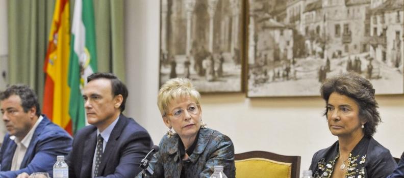 Elena Víboras apuesta por potenciar la formación para relanzar el sector del aceite de oliva andaluz