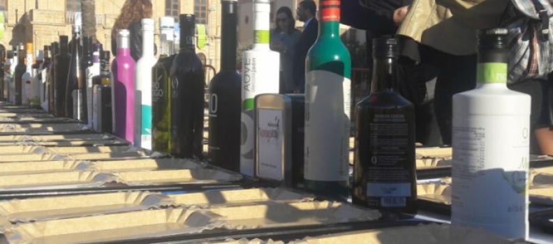Cerca de 80 empresas oleícolas estarán en la Fiesta del Primer Aceite de Jaén, que se celebrará en Baeza, y 35 en Pamplona