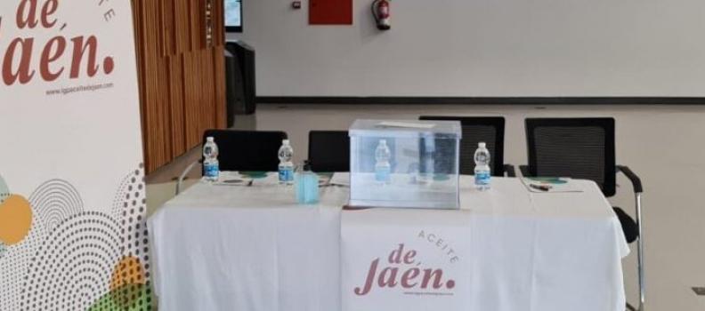 La IGP Aceite de Jaén concluye su proceso electoral con la elección de sus doce vocales, que designarán en el primer pleno a Manuel Parras como presidente del Consejo Regulador