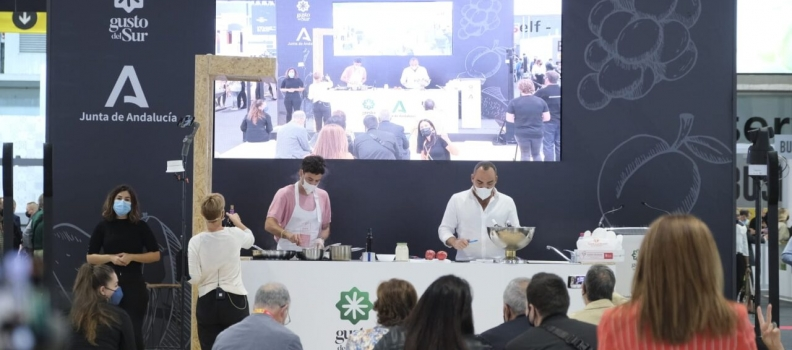 La Junta muestra la excelencia de la gastronomía andaluza en Salón Gourmets con el showcooking «Producto andaluz estrella con chef Estrella»