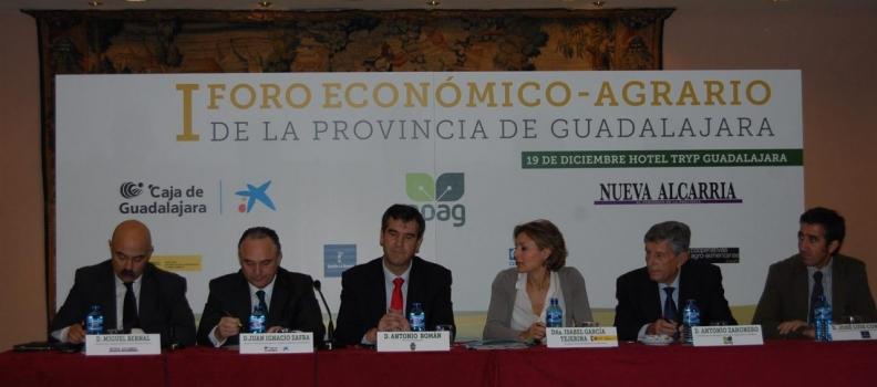 García Tejerina dice que la nueva PAC va a permitir a los productores mejorar su nivel de renta dentro del mercado