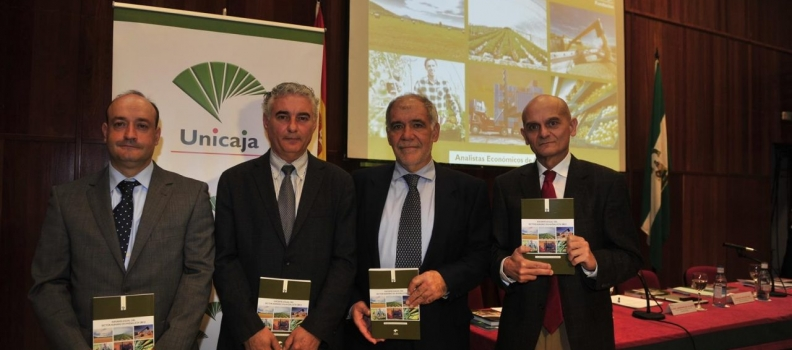 Presentado el Informe Anual del Sector Agrario en Andalucía 2012 de Unicaja