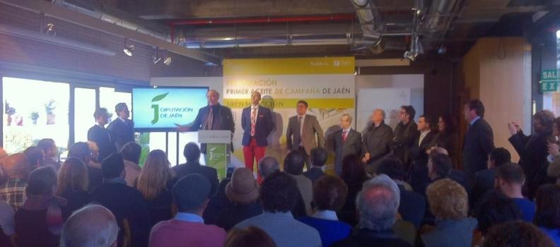 Jaén lleva a Madrid el sabor de los primeros aceites de la campaña