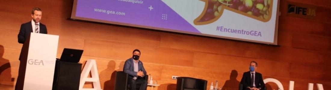 El alcalde de Jaén destaca que desde el Ayuntamiento «trabajamos para reforzar nuestro papel de capital mundial del aceite de oliva»
