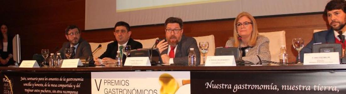 El consejero de Agricultura apuesta por aprovechar el potencial de los aceites para hacer más próspero el territorio olivarero andaluz
