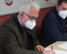 Patronal y sindicatos firmarán en los próximos días la actualización del convenio del campo de Jaén, que sube en esta campaña el 2%, y el del aceite se incrementará un 2,75%